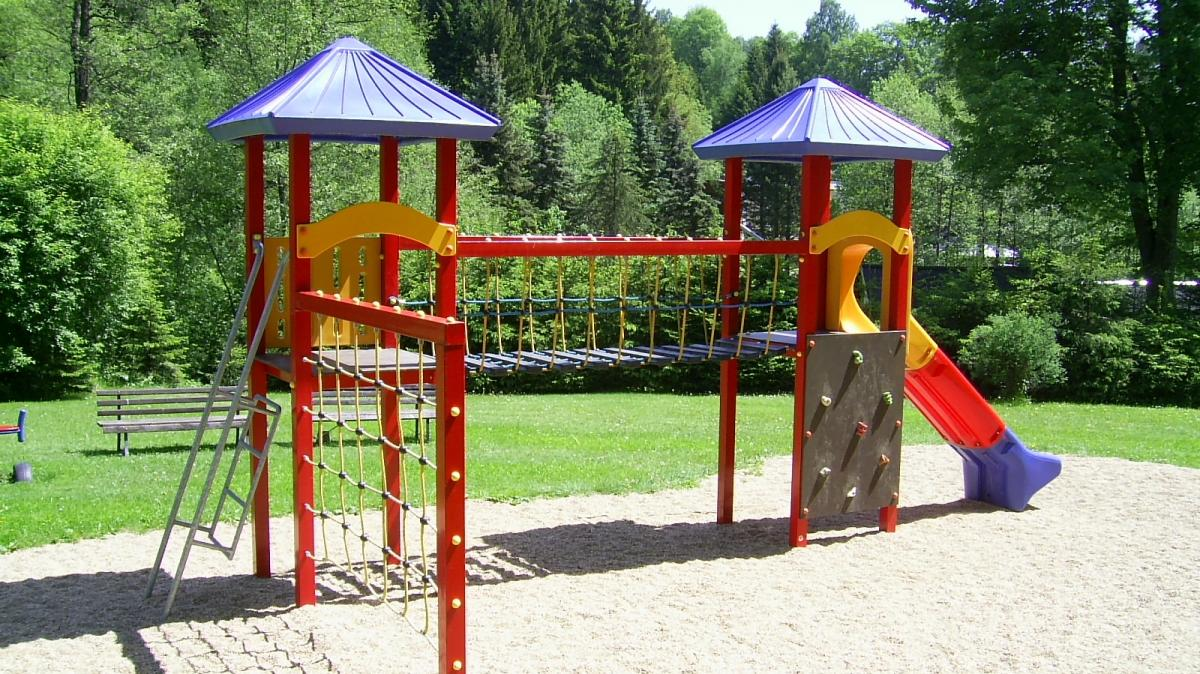 spielplatz an der b renbach olbernhau. Black Bedroom Furniture Sets. Home Design Ideas