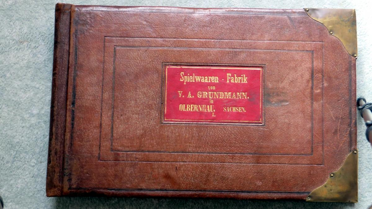 Spielzeugmusterbuch